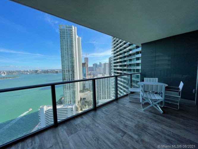 650 NE 32nd St  #3005, Miami, FL 33137
