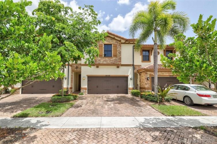8448 Blue Cove Way, Parkland, FL 33076