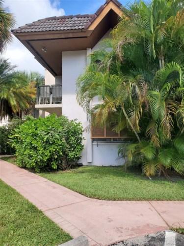 9450 SW 77th Ave  #Q3, Miami, FL 33156