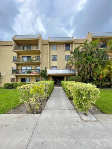 10431 N Kendall Dr  #D407, Miami, FL 33176