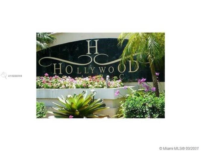 530 S Park Rd  #15-11, Hollywood, FL 33021
