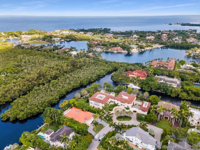 291 Costanera Rd, Coral Gables, FL 33143