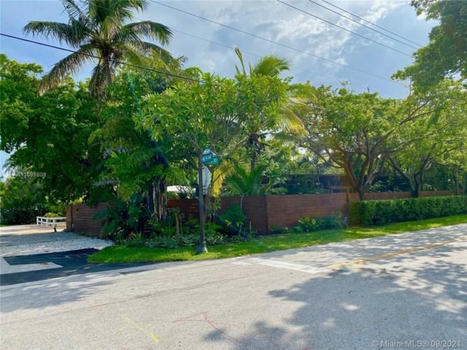 1145 NE 14th Ave, Fort Lauderdale, FL 33304