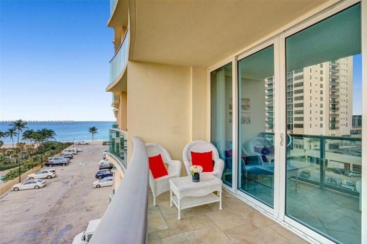 2501 S Ocean Dr  #538 (Available November 1, Hollywood, FL 33019