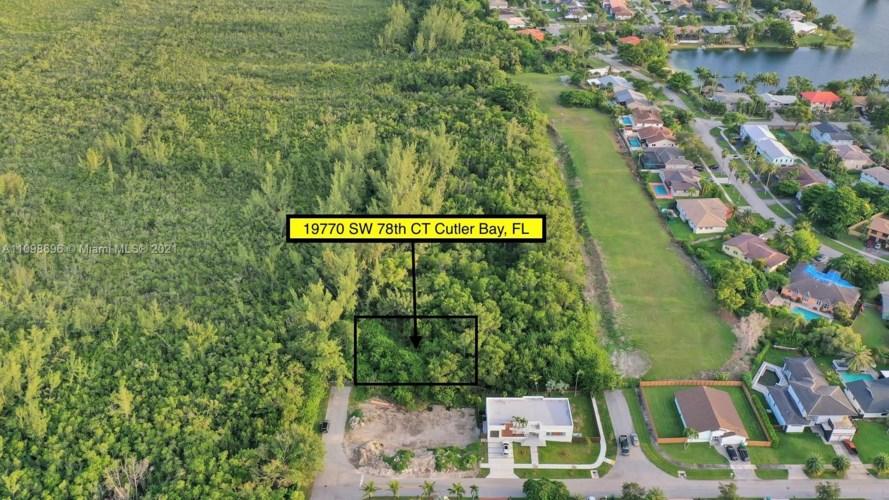 19770 SW 78th Ct, Cutler Bay, FL 33189