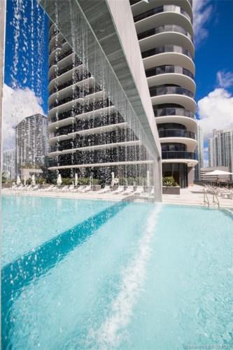 55 SW 9th St  #4201, Miami, FL 33130