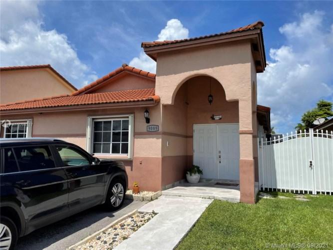 , Hialeah Gardens, FL 33018