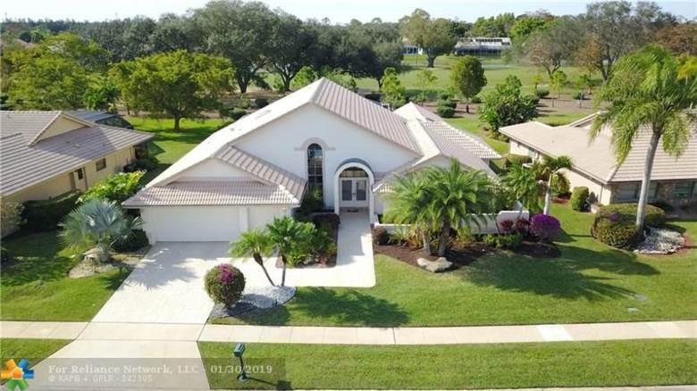 10655 Boca Woods Ln, Boca Raton, FL 33428