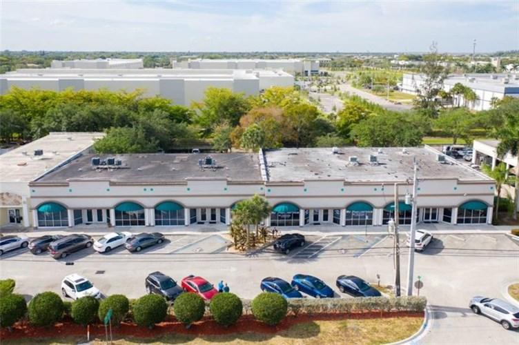 11820-11834 Wiles Rd, Coral Springs, FL 33076