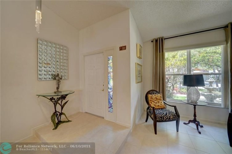 6302 NW 42nd Ter, Coconut Creek, FL 33073