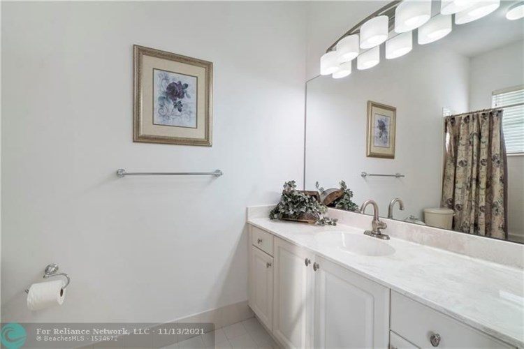 12409 NW 62nd Ct, Coral Springs, FL 33076