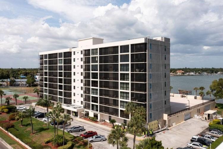 7100 SUNSHINE SKYWAY LANE S #802, ST PETERSBURG, FL 33711