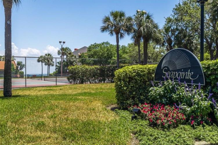 7500 SUNSHINE SKYWAY LANE S #T7, ST PETERSBURG, FL 33711