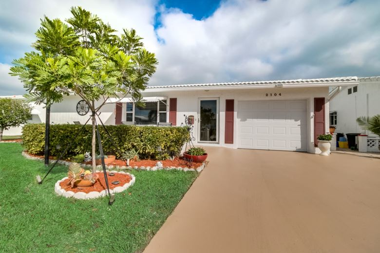 2104 SW 22nd Court, Boynton Beach, FL 33426