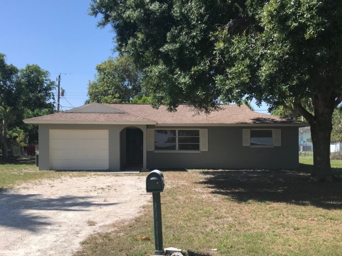 4124 E River Drive, Fort Myers, FL 33916