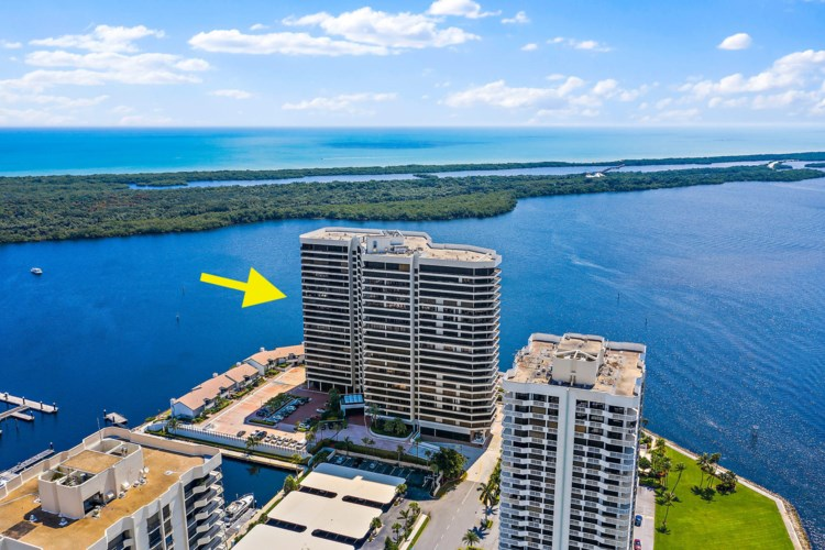 100 Lakeshore Drive Unit 1452, North Palm Beach, FL 33408