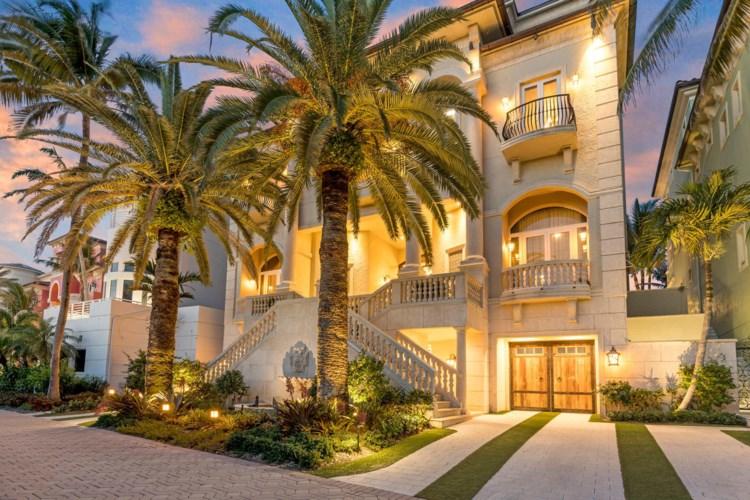 8 Ocean Place, Highland Beach, FL 33487