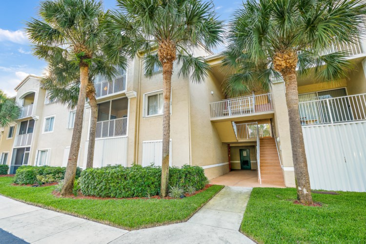 284 Village Boulevard Unit 9307, Tequesta, FL 33469
