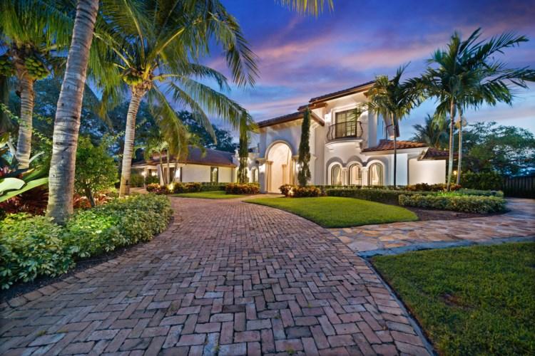 4816 S Lake Drive, Boynton Beach, FL 33436