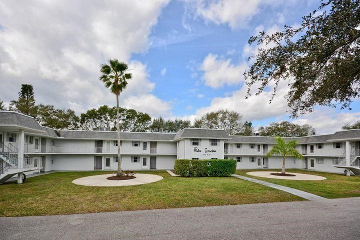 10193 N Military Trail Unit 203-S, Palm Beach Gardens, FL 33410