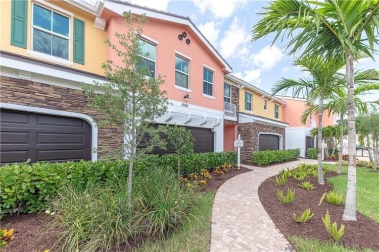 12958 Trevi Isle Drive Unit 43, Palm Beach Gardens, FL 33418