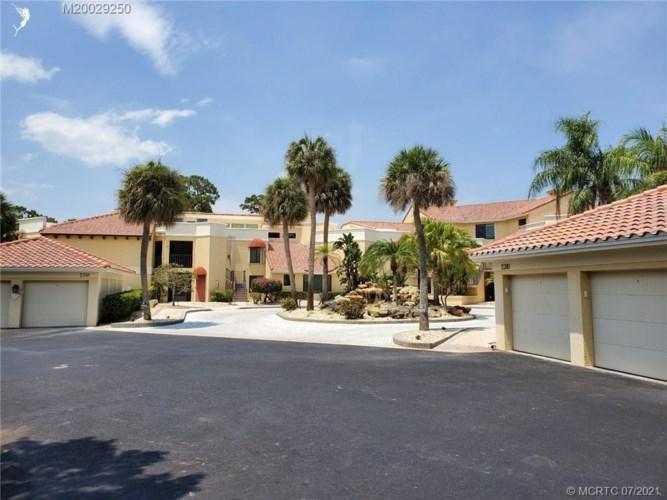 2381 SW Carriage Hill Terrace Unit 101, Palm City, FL 34990