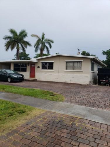 408 Cypress Lane, Palm Springs, FL 33461