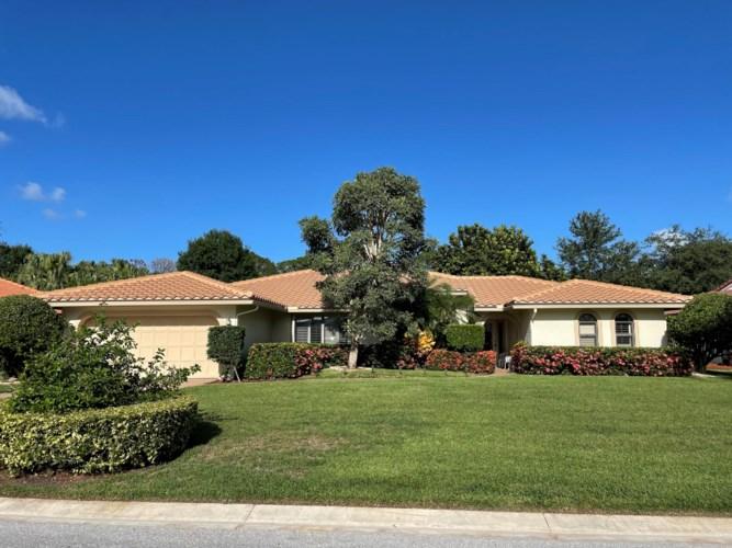 2261 SW Starling Drive, Palm City, FL 34990