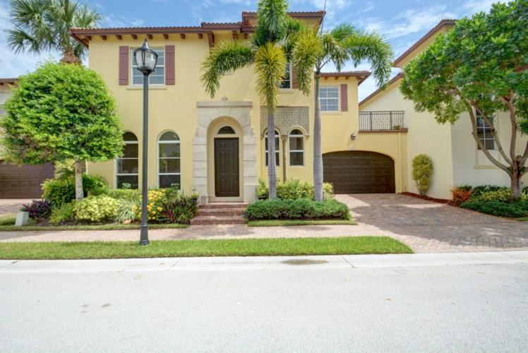 103 Via Poinciana Lane, Boca Raton, FL 33487