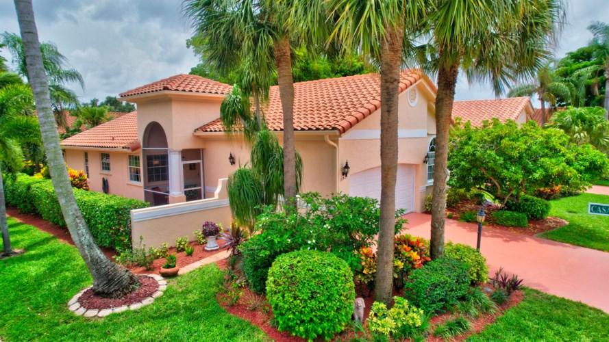 16424 Del Palacio Court, Delray Beach, FL 33484