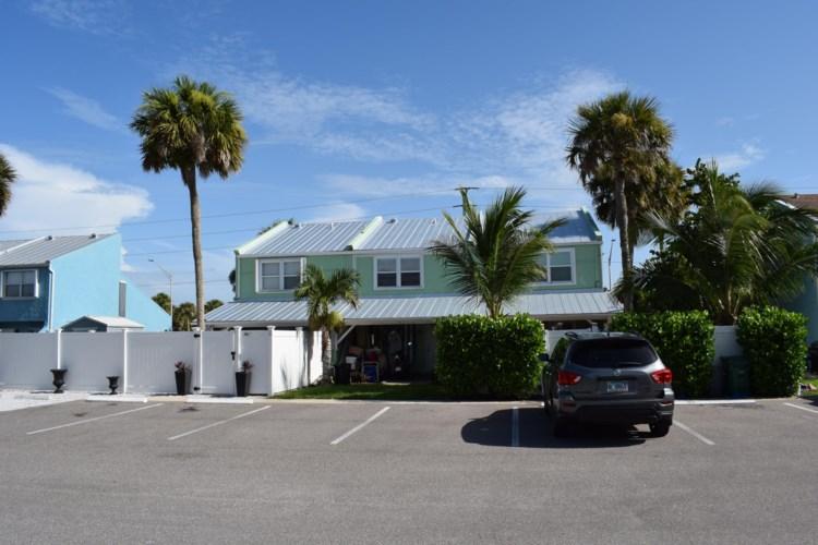900 Shorewinds Drive Unit B, Fort Pierce, FL 34949