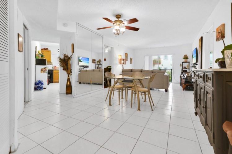 7125 Bonita Drive Unit 206, Miami Beach, FL 33141