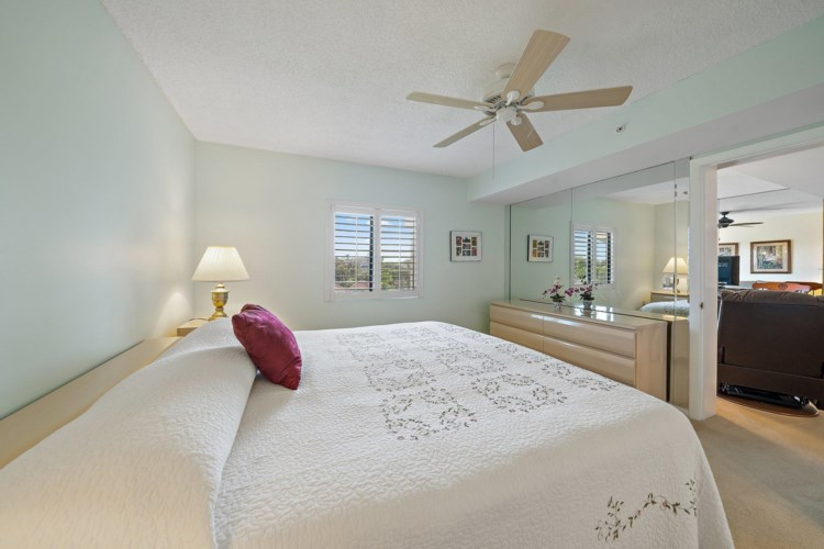 101 Ocean Bluffs 203 Boulevard, Jupiter, FL 33477