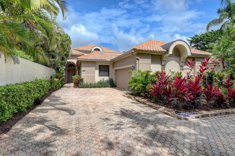 5335 NW 23rd Way, Boca Raton, FL 33496