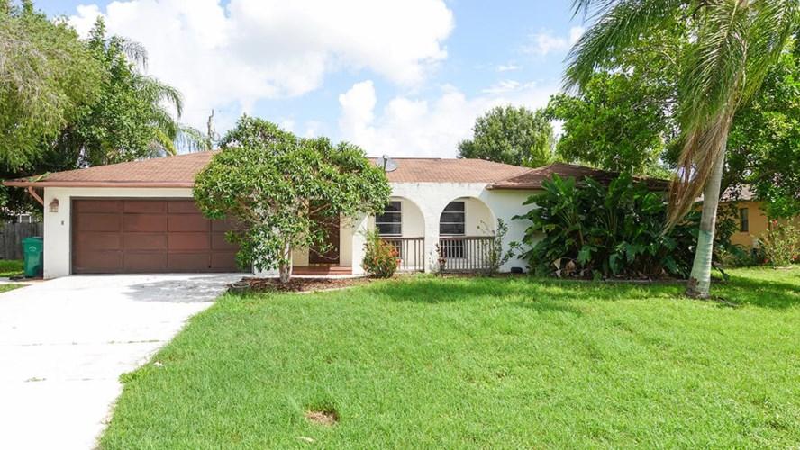 325 SE Yardley Terrace, Port Saint Lucie, FL 34953