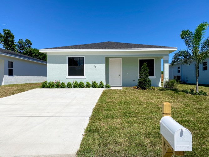 78 Marguerita Drive, West Palm Beach, FL 33415