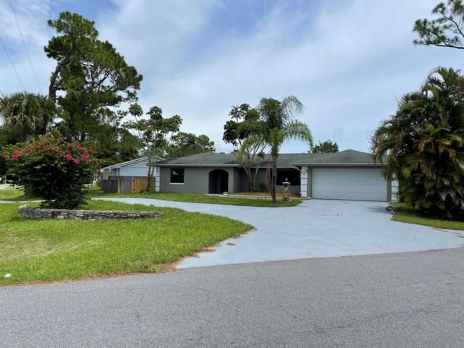 1202 Bartow Street, Fort Pierce, FL 34982
