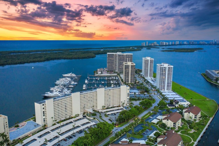 120 Lakeshore Drive Unit 335, North Palm Beach, FL 33408