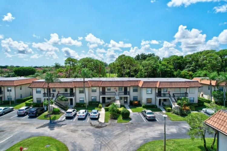 7118 Golf Colony Court Unit 104, Lake Worth, FL 33467