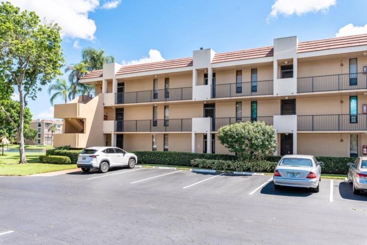 6412 Coral Lake Drive Unit 112, Margate, FL 33063
