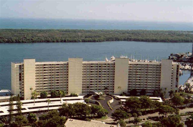 120 Lakeshore Drive Unit 1136, North Palm Beach, FL 33408