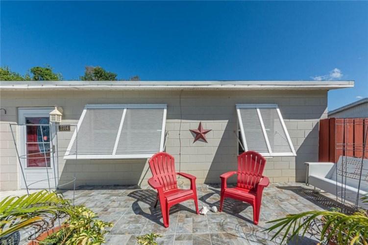 2314 2nd Avenue, Vero Beach, FL 32962