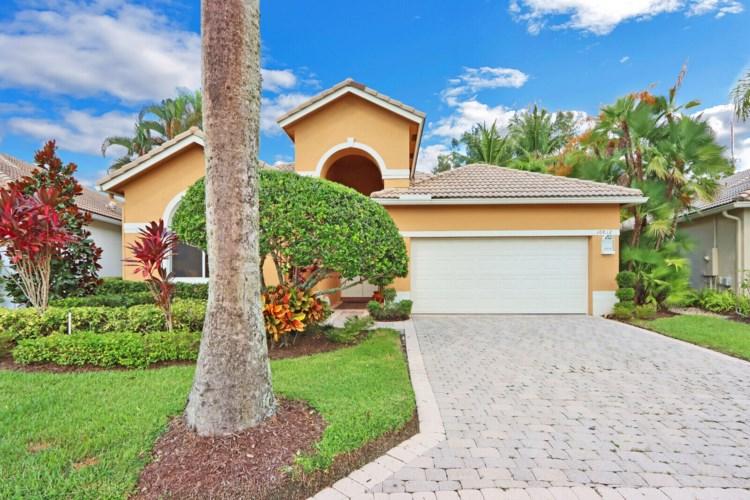 10812 Grande Boulevard, West Palm Beach, FL 33412