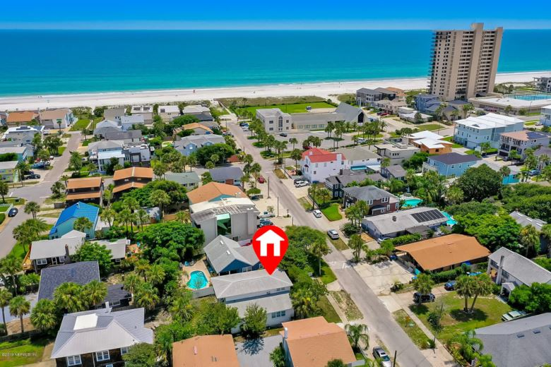 240 HOPKINS ST, NEPTUNE BEACH, FL 32266