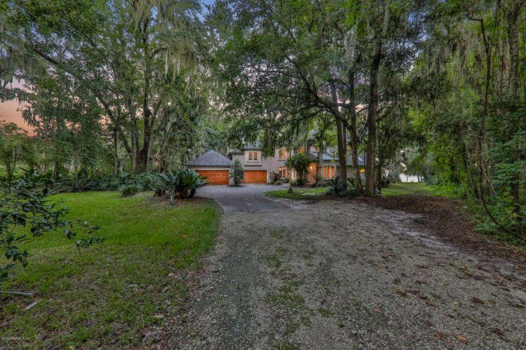 2667 EAGLE BAY DR, ORANGE PARK, FL 32073
