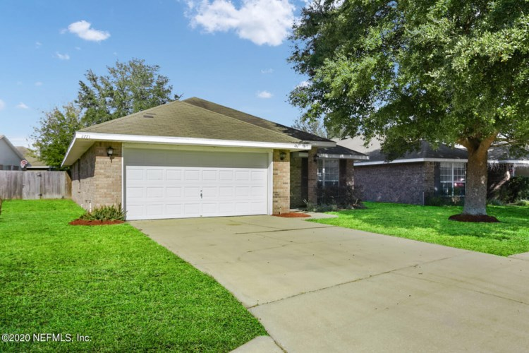 2771 CREEKFRONT DR, GREEN COVE SPRINGS, FL 32043