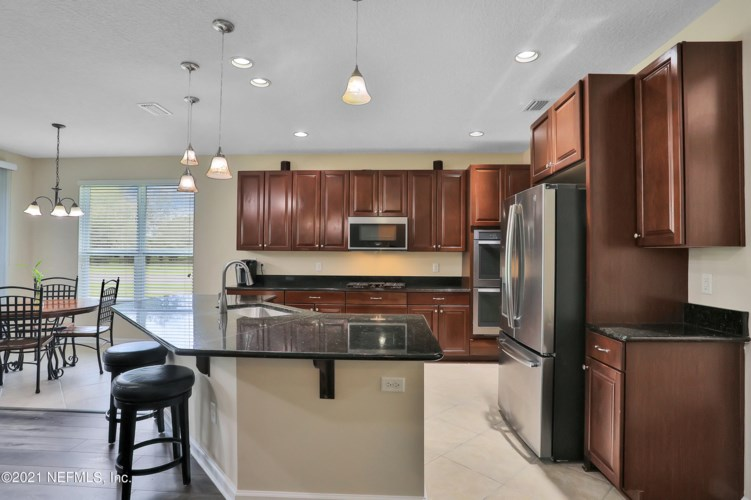 396 WILLOW WINDS PKWY, ST JOHNS, FL 32259
