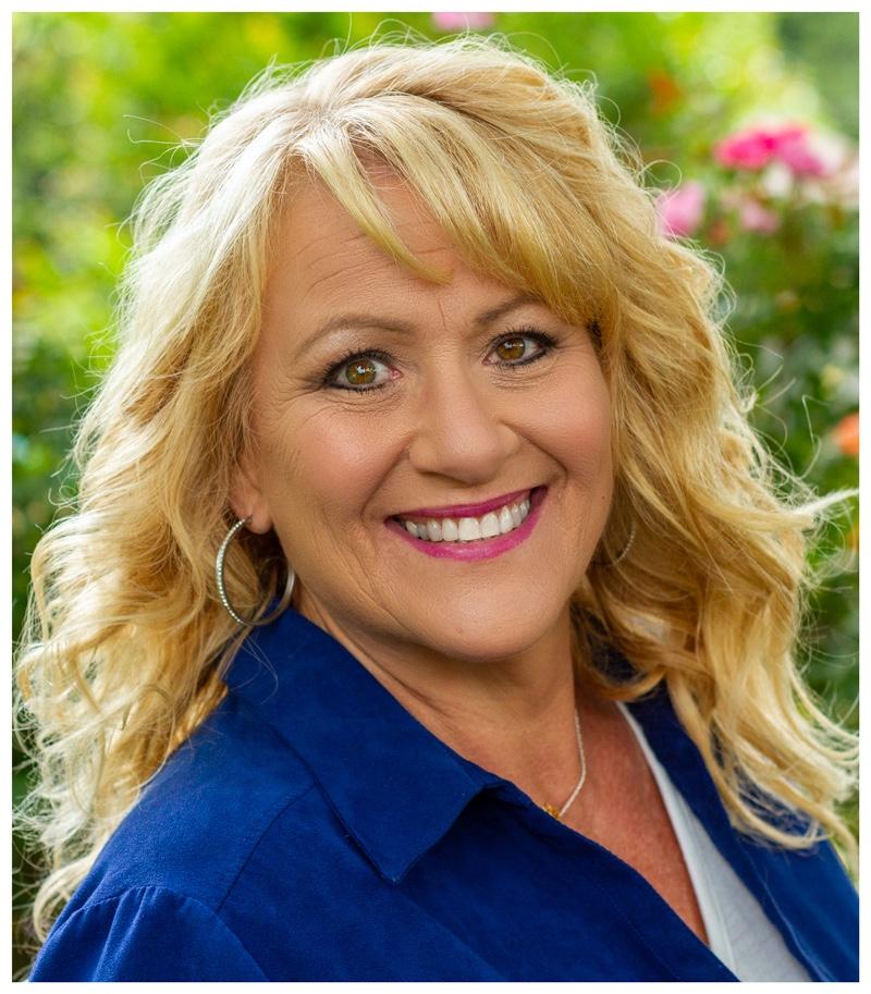 Gina Watts