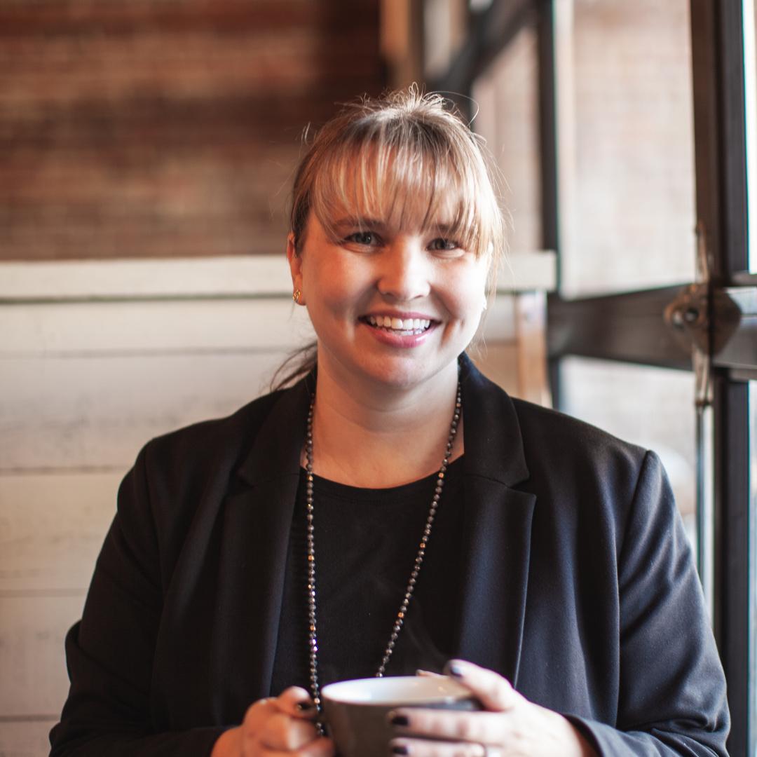 Stephanie Arnett