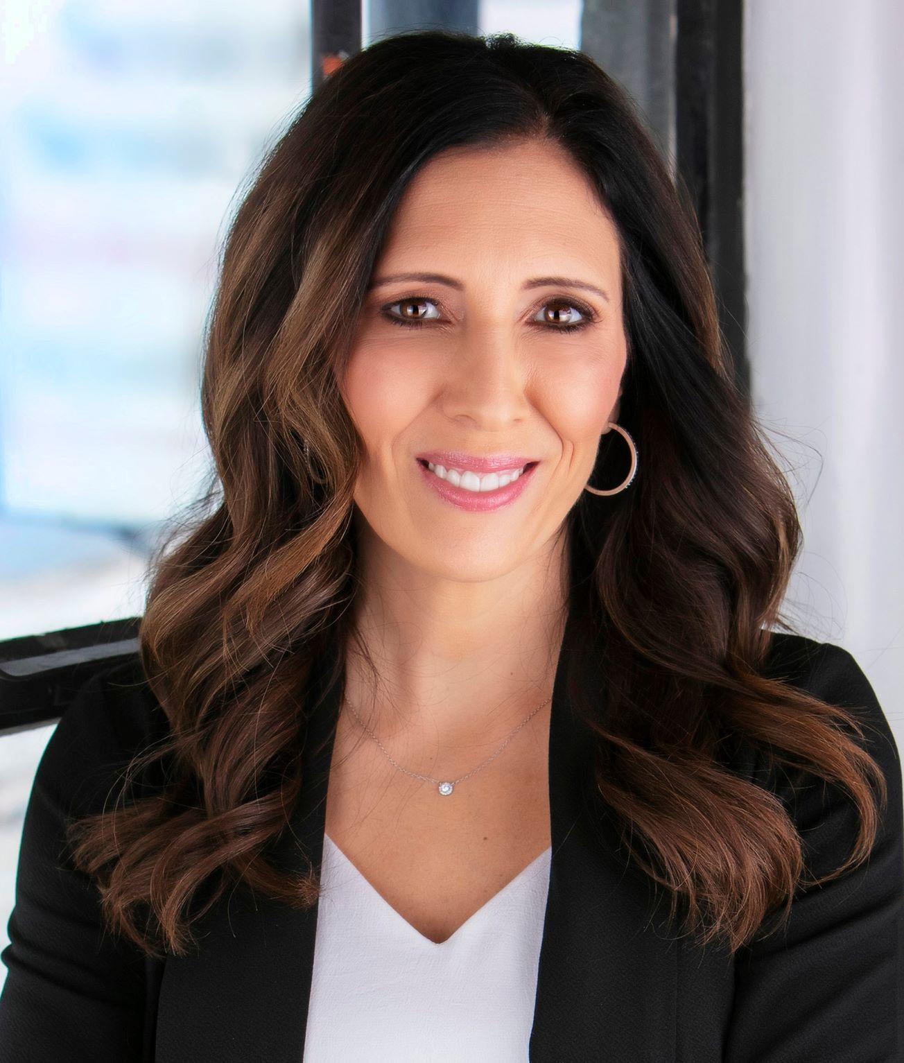 Angela Lofton